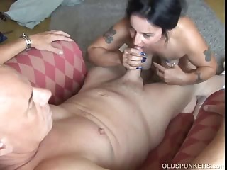 Beautiful mature babe enjoys sucking and fucking his dick