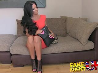 FakeAgentUK: Fake tan Fake tits Fake Agent
