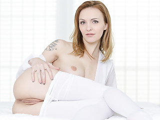 Blanche Bradburry & Billie Star & Belle Claire & Ornella Morgan in Full Service Massage