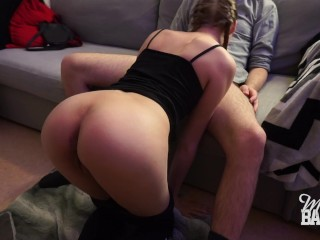Sucking and fucking on the couch (facial)