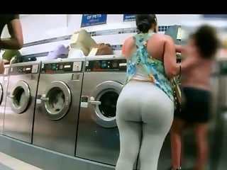 Latina with fat ass leggings