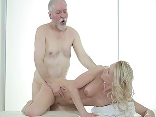 The young masseuse and the old man (part2.)