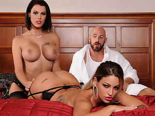 Kissa Sins & Peta Jensen & Johnny Sins in Brazzers Heavenly Bodies - Brazzers
