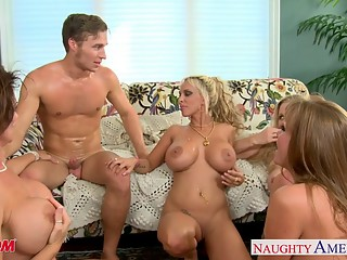 Moms Darla Crane, Deauxma, Holly Halston and Julia Ann shari