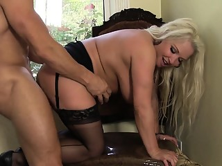 Huge tit blonde Rachel gets a big dick pumping her chubby cunny