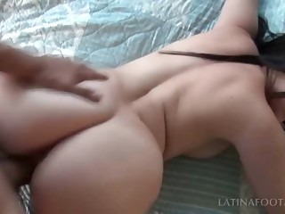 Awsome latina takes penis in POV