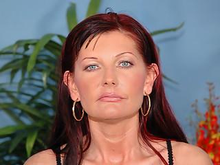 Ugly mature Doreen