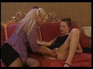 Babette Blue Fist Extrem (Copilation fisting scenes)