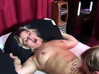 Real dutch hooker fucked in threesome
