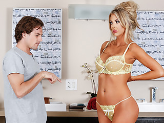 Courtney Taylor & Tyler Nixon in Neighbor's Snobby Wife - NuruMassage