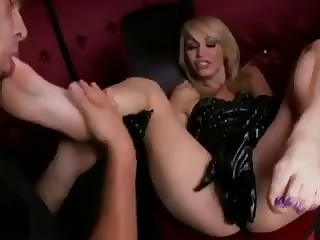 Monique Foot Fetish