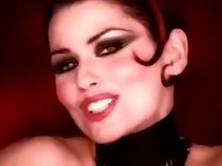 Shania twain end esperanza gomez.Man! I feel like a woman
