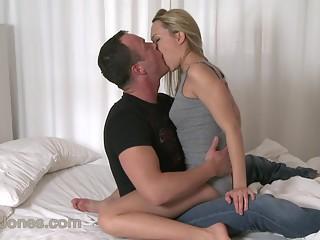 Female orgasm, couples mutual pleasure