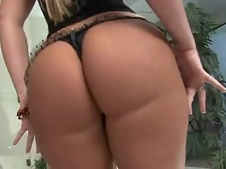 BigBooty Anal mother I'd like to fuck Alessandra Maia