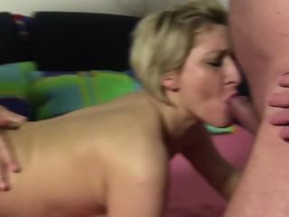 XXXOmas - Slutty Teresa fucks in the ass in German threesome