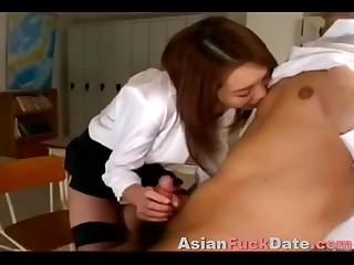 Busty Thailandian Student