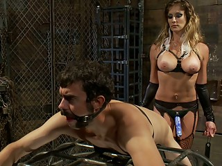 Strap-on female ready to raid her boyfriend's asshole