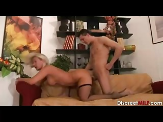 Italian MILF Fuck the Delivery Guy