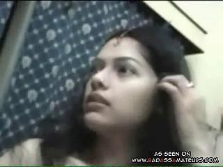 Amateur Indian couple sex