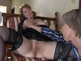 young guy loves to fuck mature ass