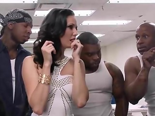Three Black Prisoners for a White Slut