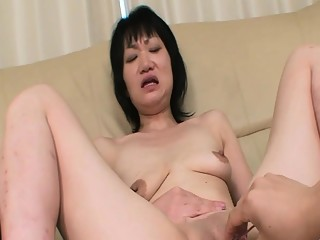 Eri Kawasaki - Sagging Breasts JAV Oldie Creampied